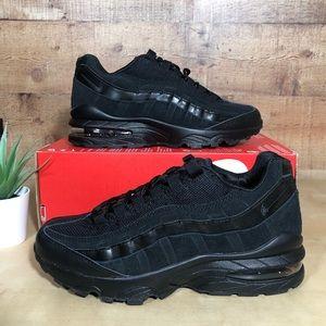 Nike Air Max 95 Triple Black Sneaker 307565-055- 6